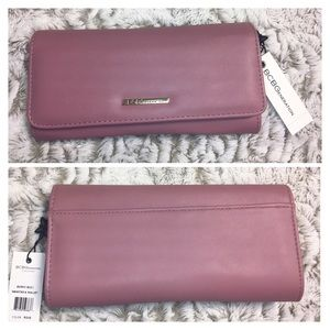 BCBGeneration Anastasia Wallet Rose
